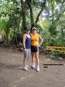 Mediaa maratón Moonrun, 2009, Playa Dominical, Costa Rica.